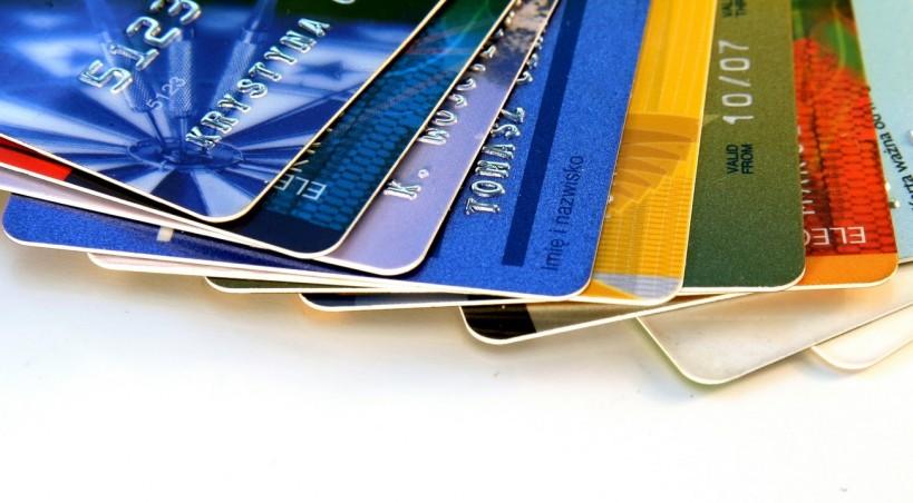 Обережно - гроші крадуть з карток через тисячі кілометрів