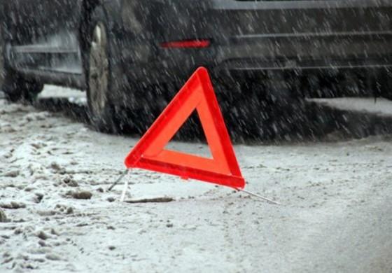 На Тернопільщині мікроавтобус збив молоду жінку
