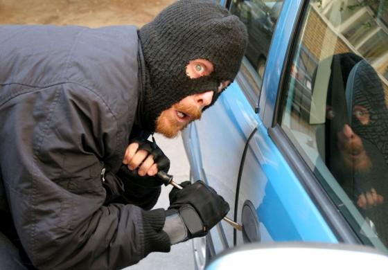 Тернополянам розповіли, що робити з податком, якщо автомобіль викрали
