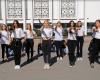 У Тернополі студенти «Університету Україна» привітали  працівників освіти з професійним святом
