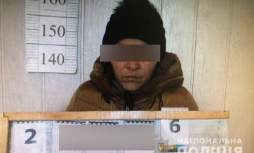Тернопільські правоохоронці затримали продавця меду, яка обкрадала пенсіонерів
