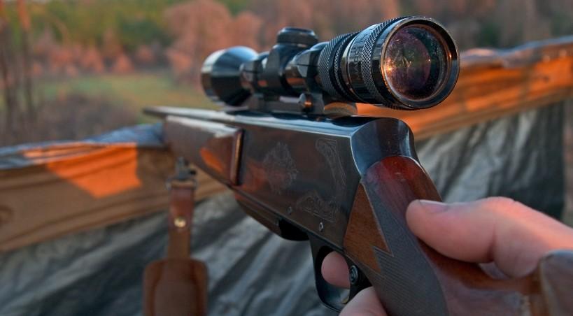На Тернопіллі поліція шукає зброю та гранати
