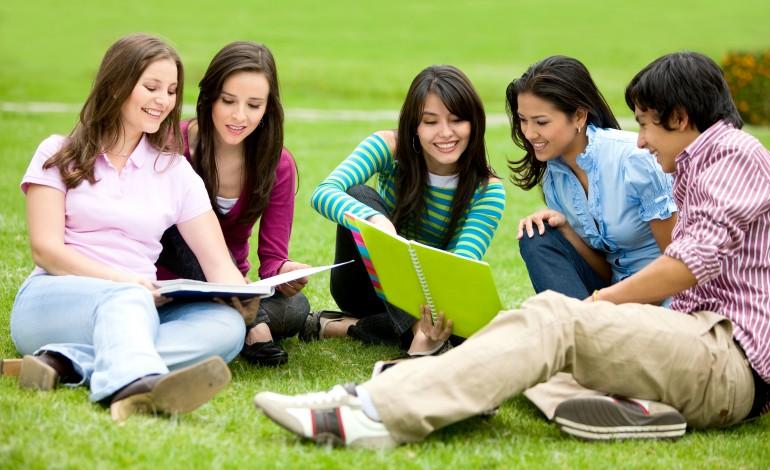 Податкова знижка на навчання: хто має право на отримання?