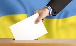 Журналіста побив представник територіальної виборчої комісії